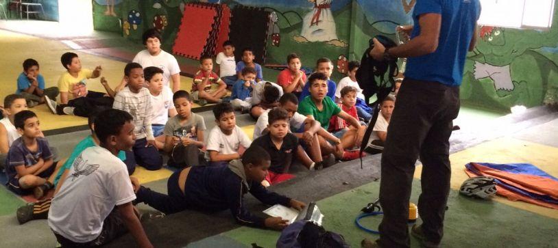 Rafael ministra workshop a Criança de Projeto Social